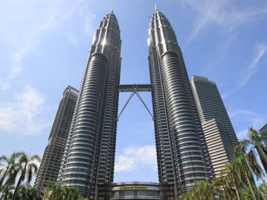 petronas-twin-towers-1